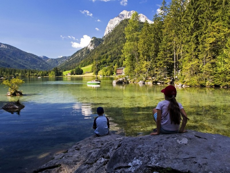 Kinder am Hintersee